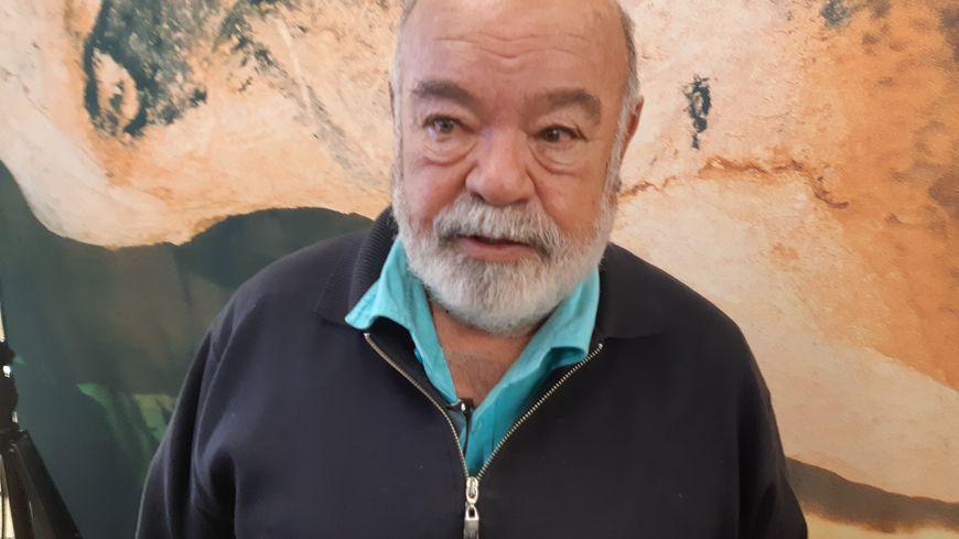 Henri Cosquer a découvert la grotte en 1985