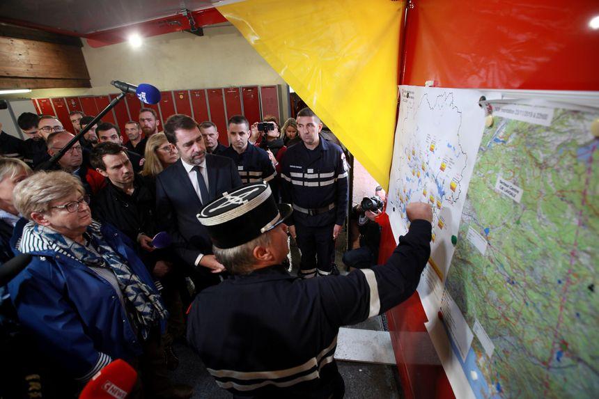 Christophe Castaner a pu mesurer l'ampleur de la tâche des sapeurs-pompiers ce dimanche à la caserne de Cagnes-sur-mer.