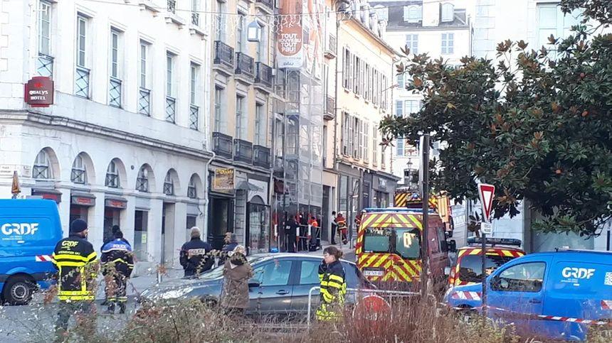 La rue Bordenave d'Abère à Pau était coupée à la circulation ce mardi matin