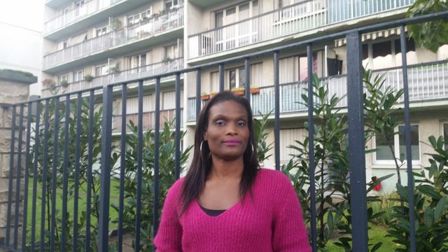 Sandra, infirmière, 37 ans, aide soignante pendant 10 ans puis infirmière depuis 2012, exerce à l'hopital depuis 7 ans.