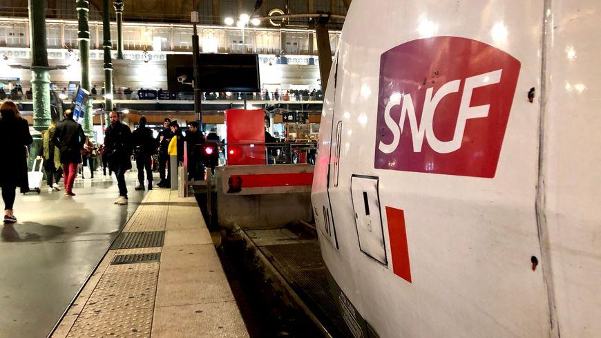 1 TGV sur 2 en circulation en moyenne ce lundi entre Paris et les Hauts-de-France