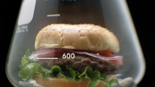 Se nourrir : vieux problèmes, nouveaux défis (4/4) :  Le menu du futur : un régime à deux vitesses
