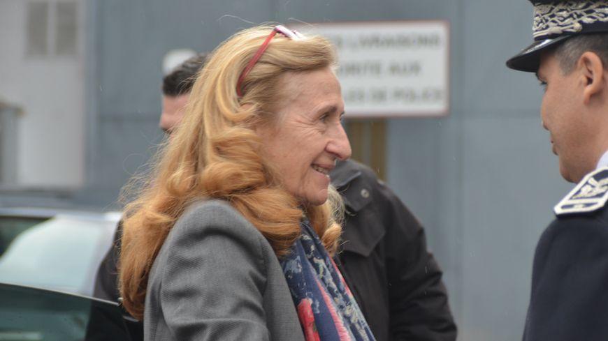 Nicole Belloubet lors de son arrivée dans l'enceinte de la prison