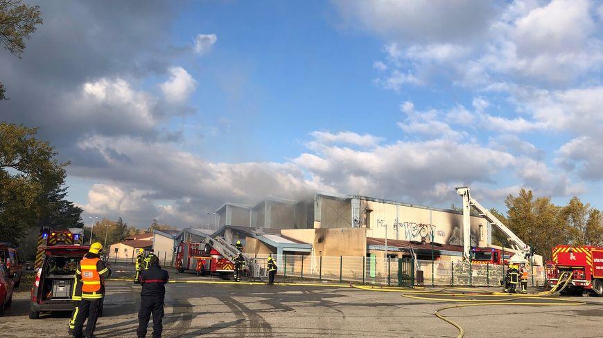 L'incendie dans le gymnase désaffecté de la Roche-de-Glun