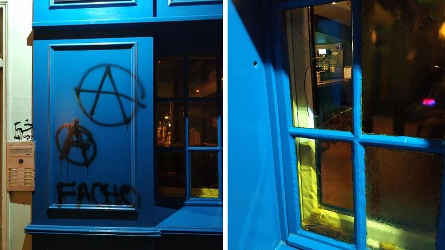 La façade du bar a été taguée, une vitre brisée.