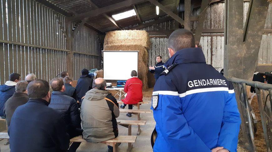 Réunion d'information sur le thème de la sécurité dans les exploitations agricoles