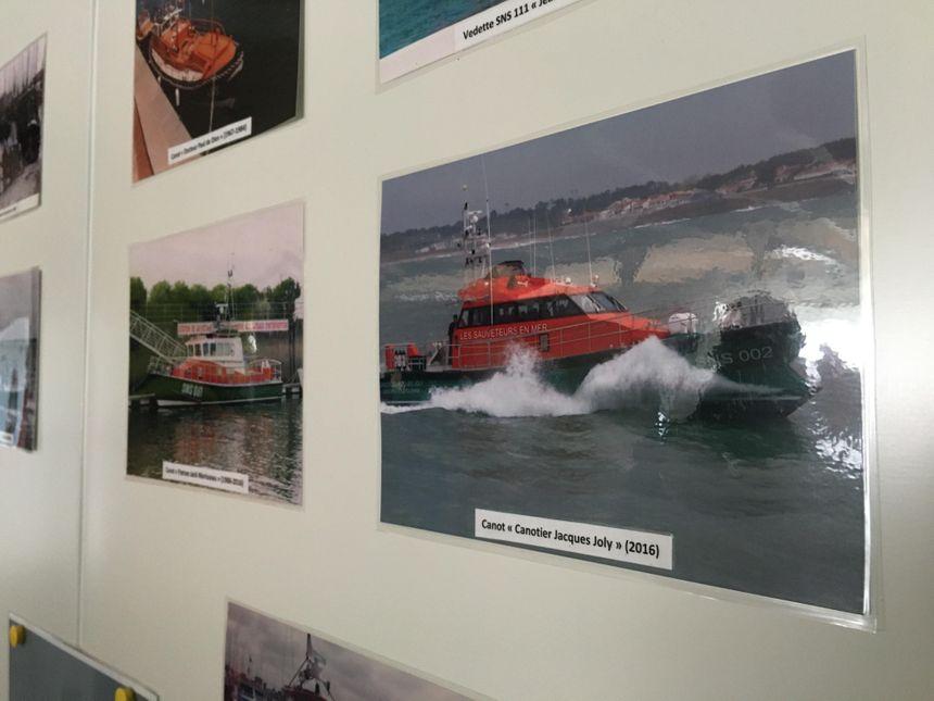 La photo du canotier Jacques Joly affichée dans les locaux de la SNSM des Sables-d'Olonne.