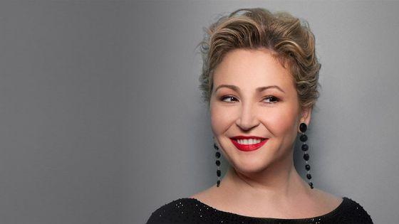 La mezzo-soprano Karine Deshayes
