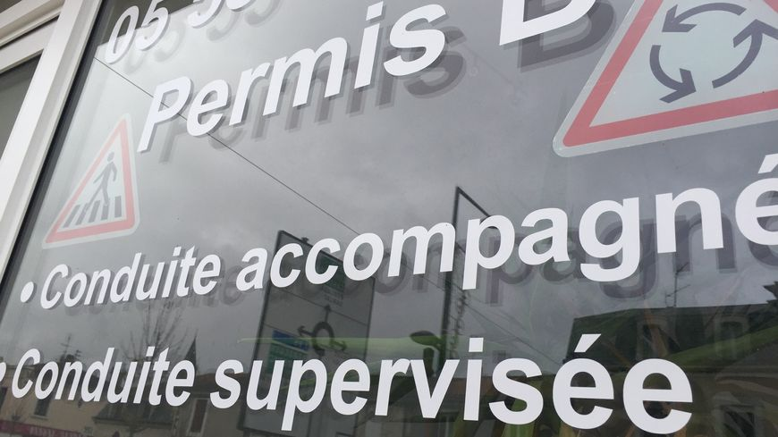 Une auto-école de Dordogne - illustration