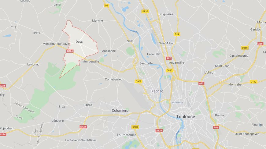 La commune de Daux est située au nord-ouest de Toulouse.