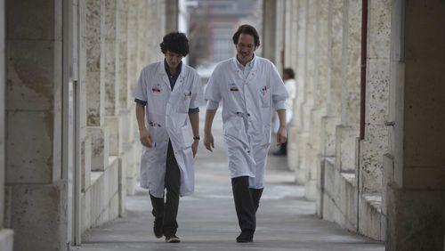 Cinéma et médecine (1/5) : Devenir médecin