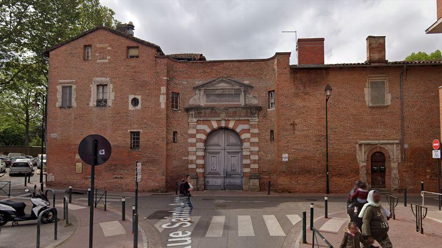 La nouvelle cour administrative d'appel de Toulouse va s'installer sur le site de l'ancien rectorat, l'hôtel de Lestang derrière la Préfecture.