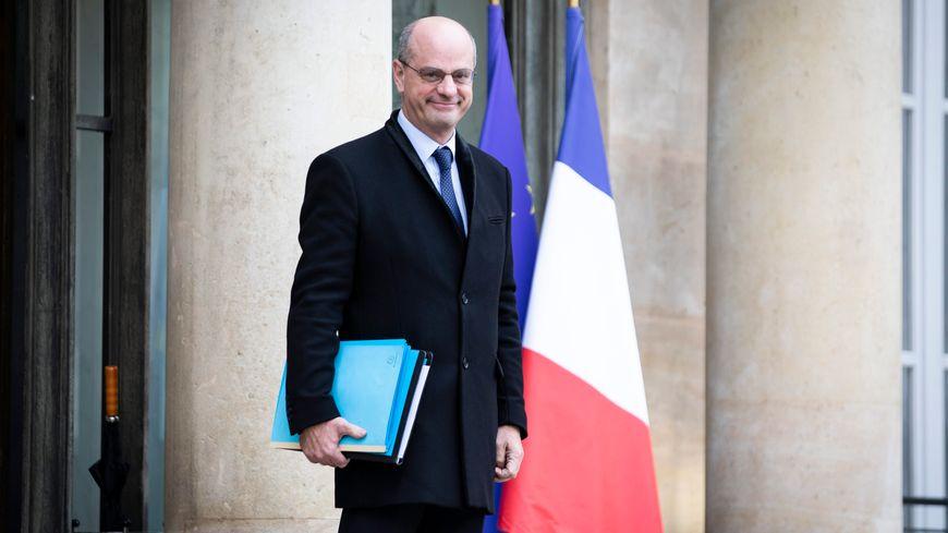 Le Ministre s'exprimait sur France Bleu Breizh Izel ce matin.