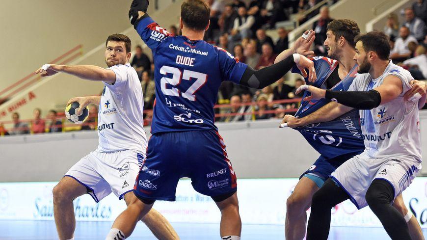 Luka Groff et Pierre Marche devront se montrer intraitables face à Cesson-Rennes