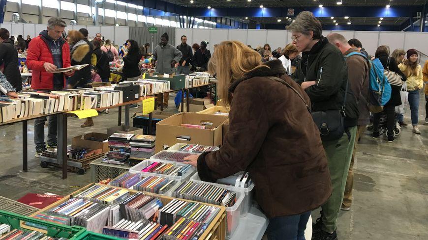 Emmaüs a organisé une grande vente régionale à Alpexpo à Grenoble le 24 novembre dernier.