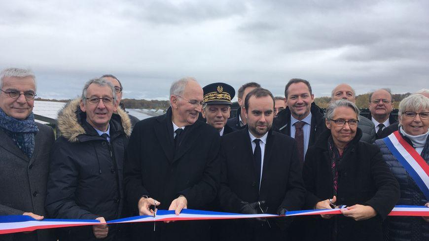 Deux ministres sont venus inaugurer le plus grand parc photovoltaïque de Normandie.