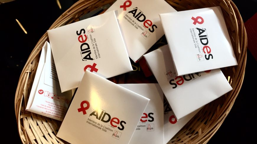 Près de 6 200 personnes ont découvert leur séropositivité en France en 2018