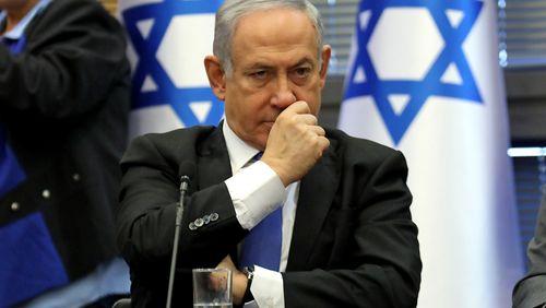 Le Premier ministre israélien mis en examen : partisans et opposants manifestent à Jérusalem