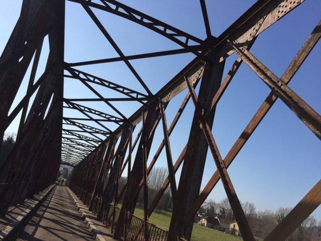 Le pont du Garrit est un lieu de promenade très fréquenté par les randonneurs