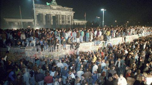 L'Allemagne trente ans après, vue par les médias