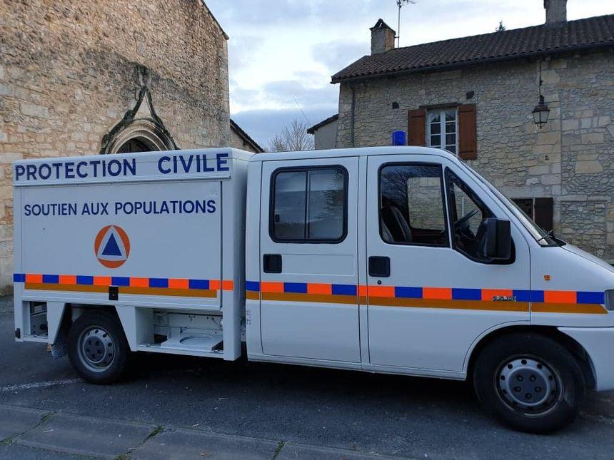 La Protection civile de la Dordogne est dotée de deux véhicules spécialement équipés en cas d'inondations ou de tempêtes