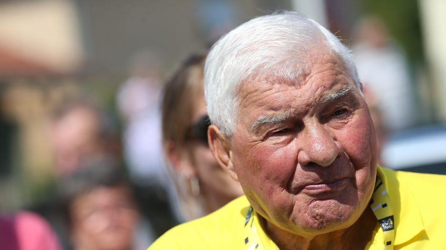Raymond Poulidor le 13 juillet dernier au départ de l'étape de Belfort du Tour de France.