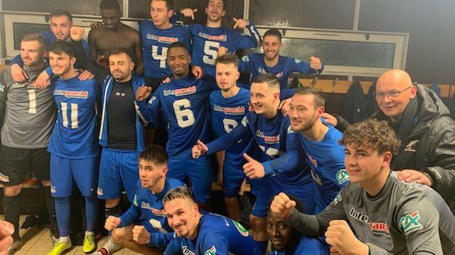 L'AF Virois rejoint le 8ème tour de Coupe de France après sa victoire dans les arrêts de jeu à Montlouis (2-1)