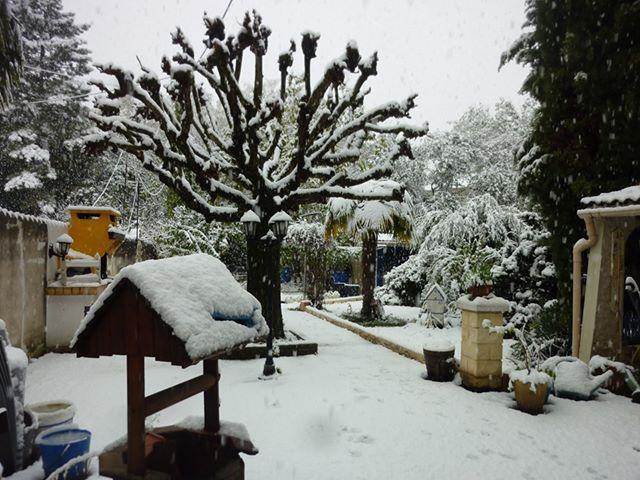 La neige tenait à 14H à Charpey