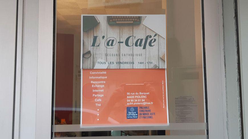 L'@-café a ouvert en mars à Piolenc.