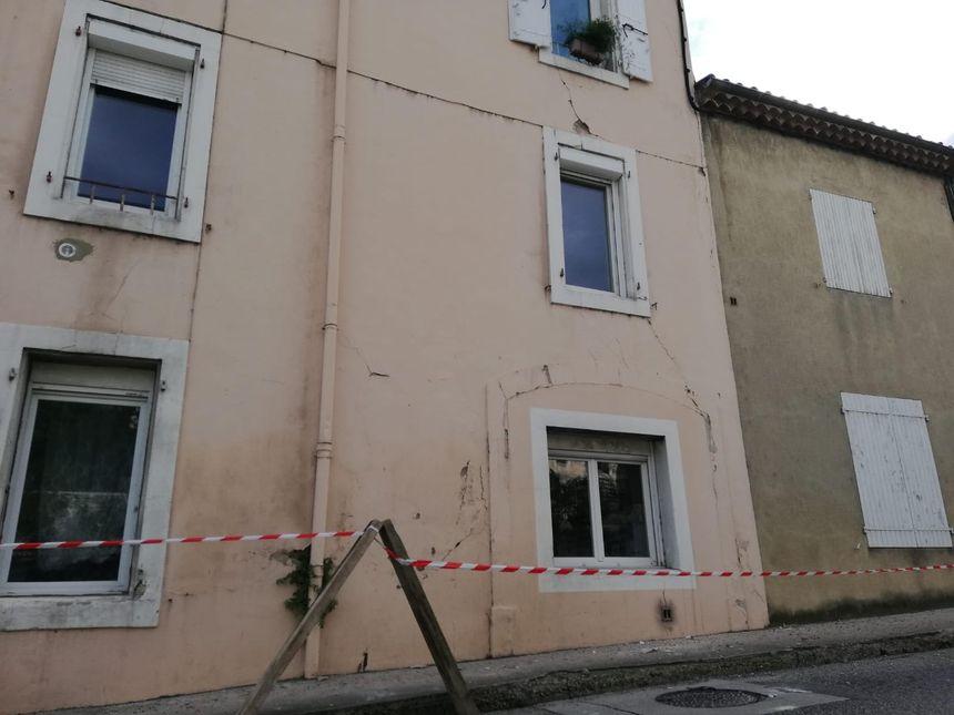 Un bâtiment fragilisé au Teil