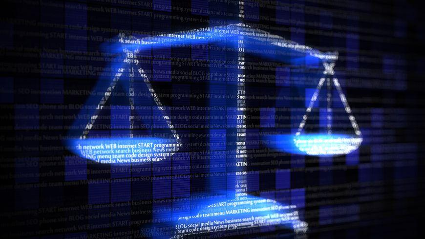 le droit sur internet : un espace règlementé