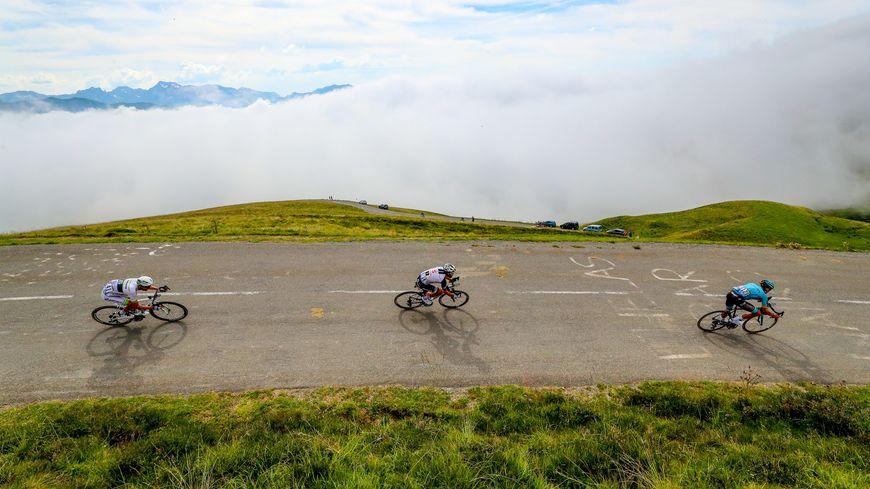 Contrairement à 2018 où les coureurs étaient partis de Lourdes pour rallier Laruns, le départ en 2020 aura lieu à Pau.