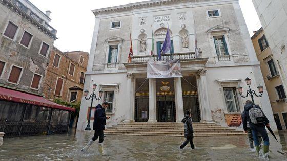 La Fenice, à Venise, victime du phénomène d''Acqua Alta