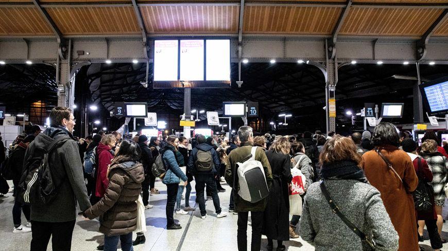 Plusieurs réductions sont proposées par la SNCF pour faire face à la grève du 5 décembre.