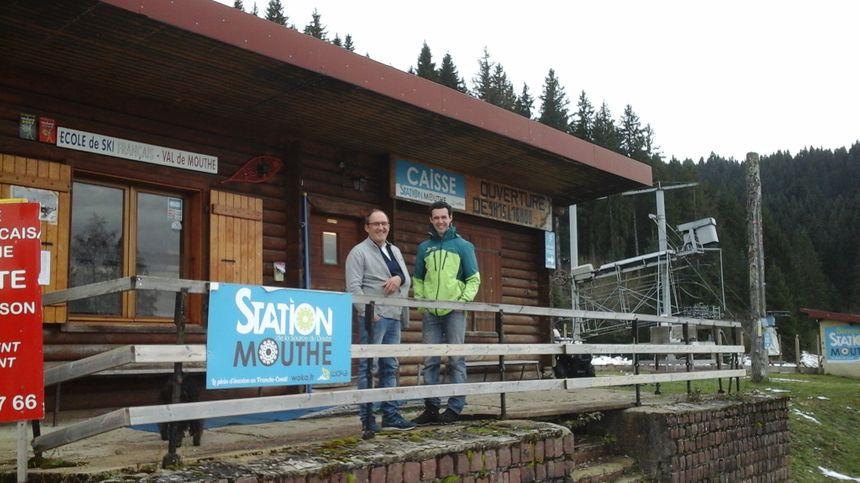 Yves Maréchal (directeur de l'ESF) et Jonathan Lods (responsable du domaine alpin Woka Loisirs) pour une station qui a du sens...