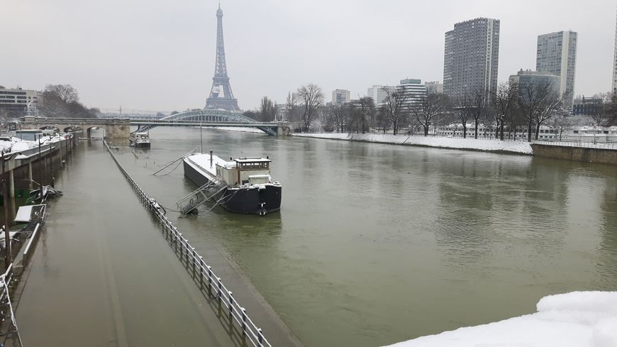 Les berges de Seine envahies d'eau en janvier 2018