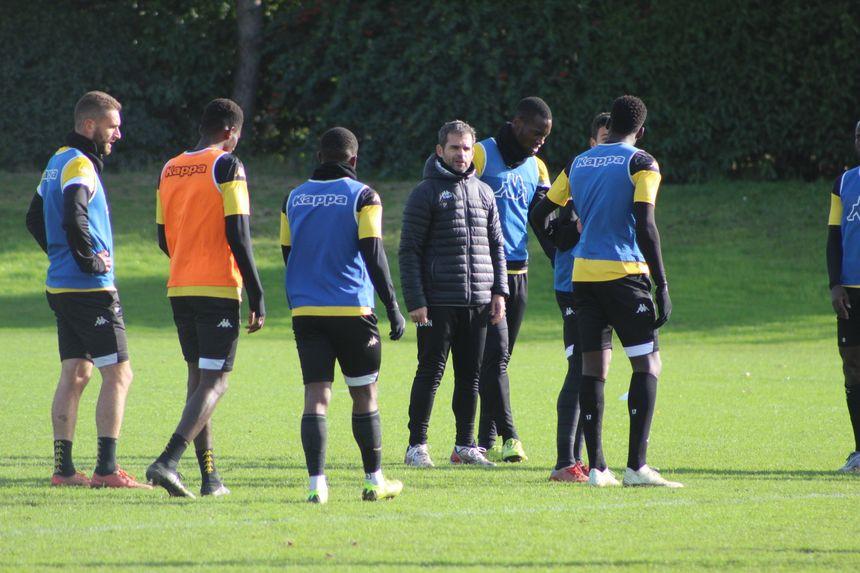 Continuer sur la lancée du match à Caen en s'appliquant sur la finition, c'est le discours positif que Didier Ollé-Nicolle a fait passer à son groupe cette semaine
