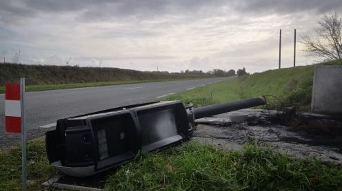Le radar tourelle est tombé après avoir été incendié