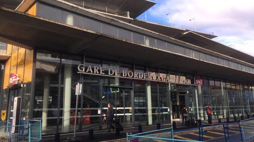 Le nouveau hall d'entrée flambant neuf de la gare Saint-Jean, côté Sud.
