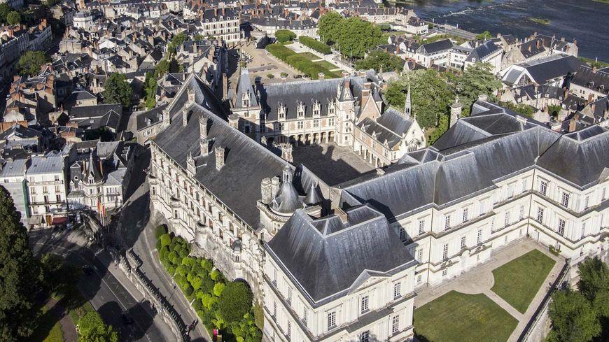 Vue aérienne du château royal de Blois