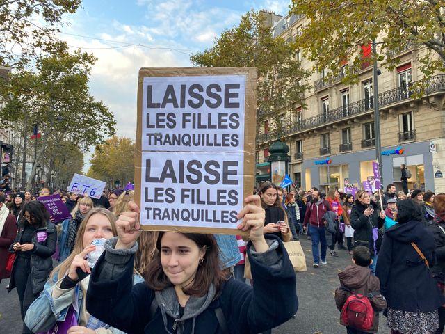 Une pancarte qui a trouvé de l'inspiration dans le répertoire de France Gall.