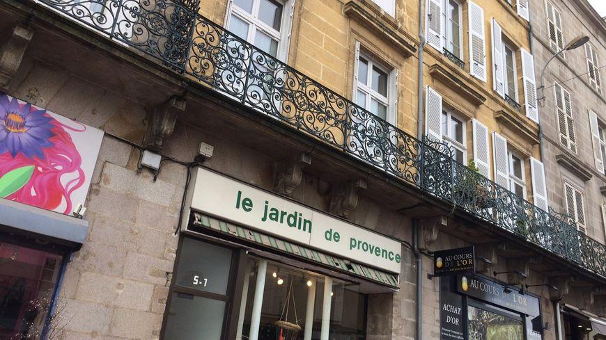 Les faits se sont déroulés dans un appartement du 7 place des poids publics à Limoges jeudi soir.