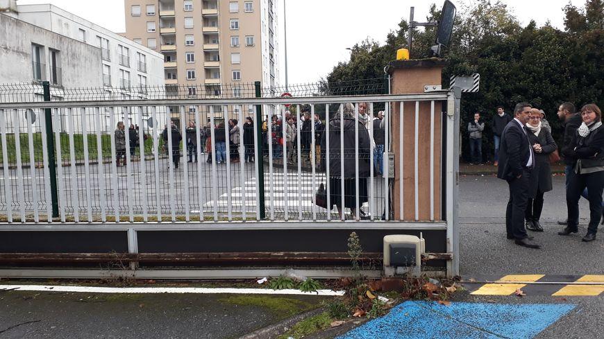 La Caisse d'allocations familiales de la Creuse et la Sécurité sociale à Guéret ont été évacuées ce matin après une alerte à la bombe.