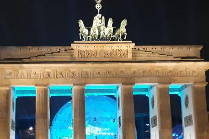 La Porte de Brandebourg, 30 ans après la chute du mur de Berlin