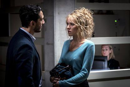 """""""Prise au piège""""  série diffusée sur M6 Élodie Fontan (saison 1)."""