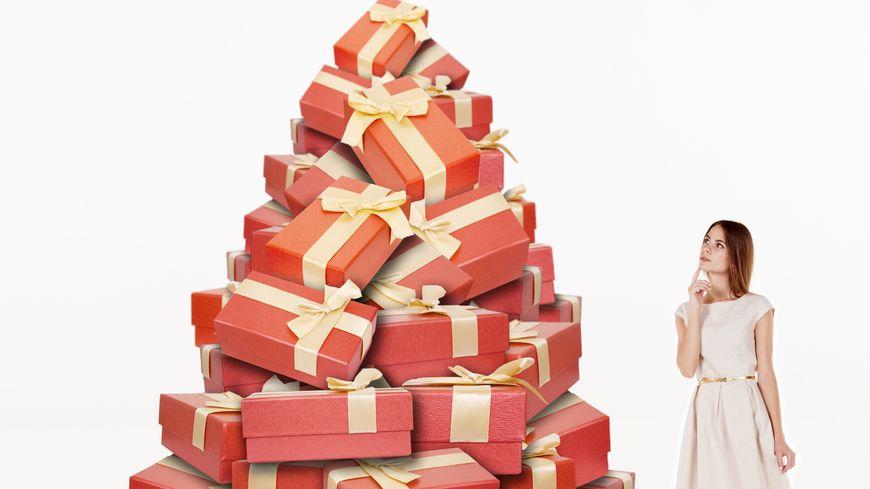 Une pile de cadeaux