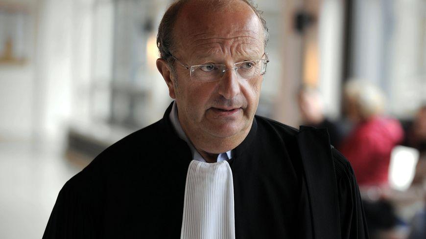 """""""Si la garde à vue est annulée, il y aura des conséquences et des pièces seront annulées"""", déclare Gérard Welzer, avocat de la famille Laroche."""