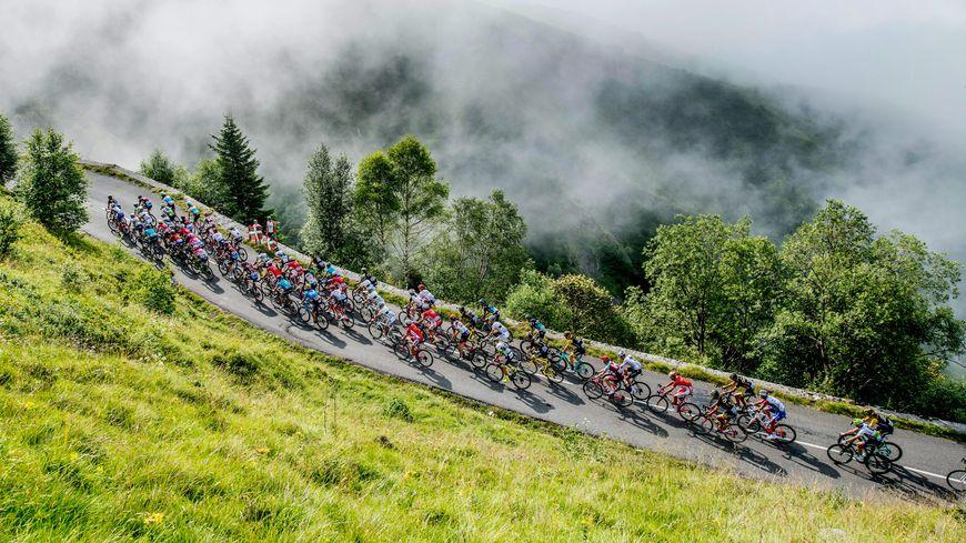 Après le Tour de France en 2018, Laruns et le col d'Aubisque sont au programme du Tour d'Espagne 2020.