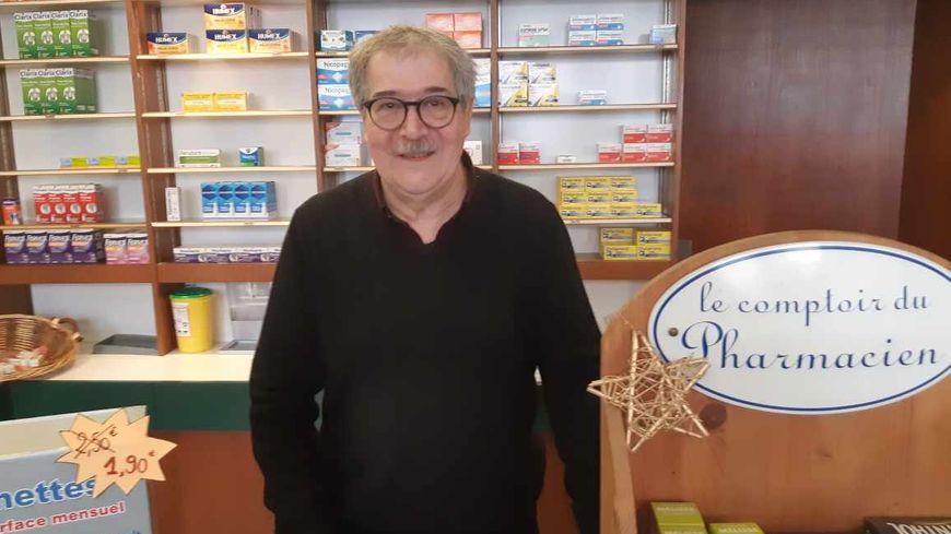 Daniel Caquard prend sa retraite après 33 ans passés dans la même officine, celle de La Petite Raon (Vosges)