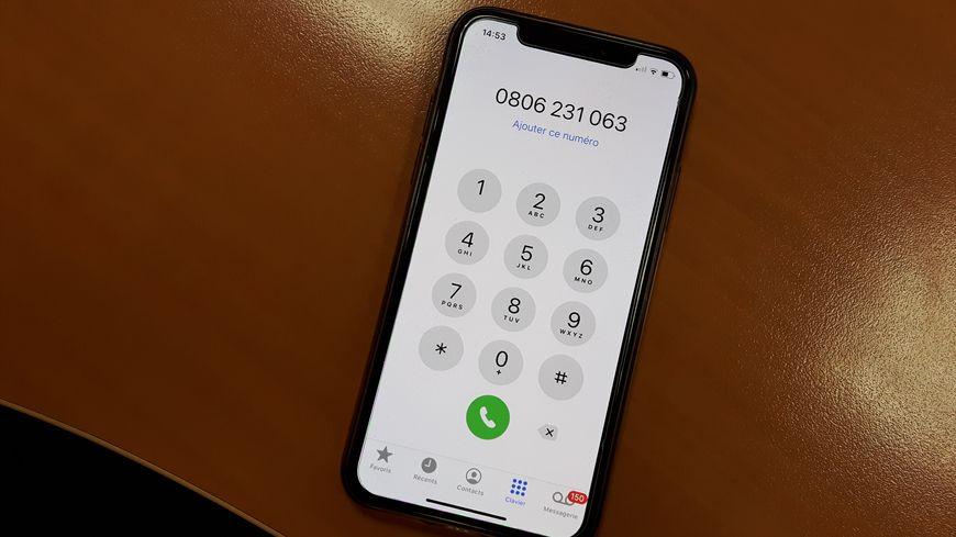 Le numéro d'appel anonyme et non-surtaxé : 0806 23 10 63.